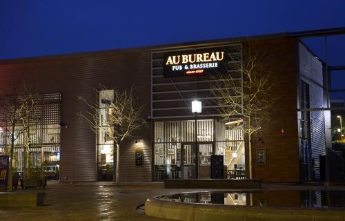 Un pub au bureau sur la zone de vauxbuin journal l 39 union abonn - Buffalo grill charleville ...