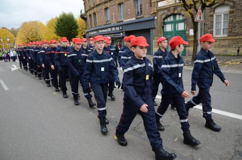 PHOTOS. La jeunesse en force au défilé du 11 Novembre à Sedan - L'Ardennais