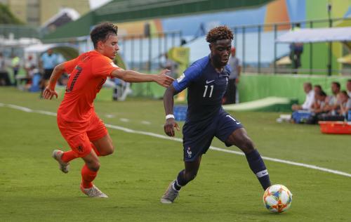 Football (Mondial U17). Mbuku (Stade de Reims) et l'équipe de France remportent le bronze - L'Union