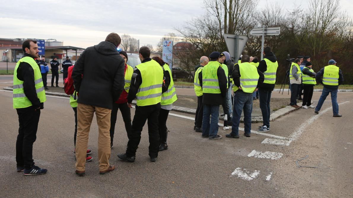 Pourquoi Les Gilets Jaunes Ont Perturbé Dislaub à Buchères