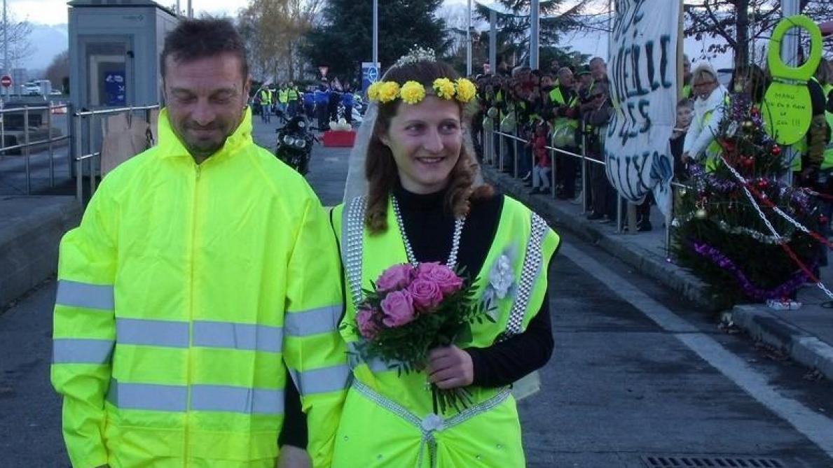 Un mariage de gilets jaunes dans les Hautes-Pyrénées