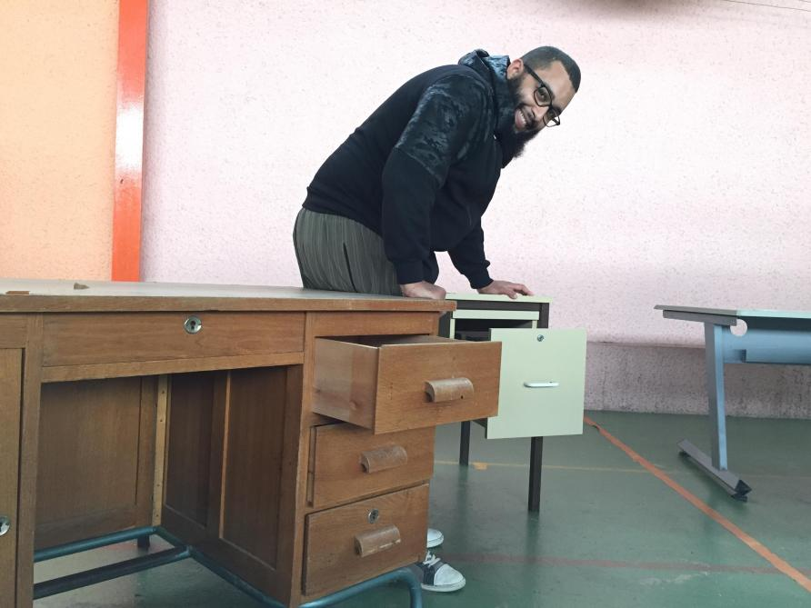 Bureau d écolier pour enfant bois matériau classique