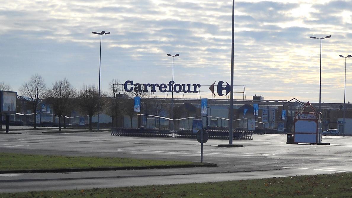 Carrefour. 1 200 postes menacés dans ses hypermarchés français
