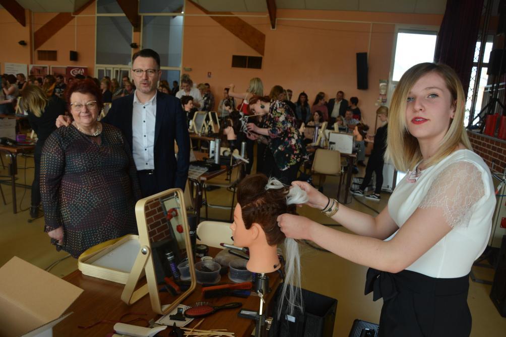 Faire une coupe de cheveux pour les femmes Г saint-pГ©tersbourg