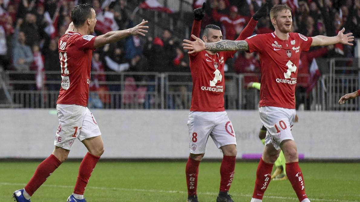 Brest De Retour En Ligue 1 Six Ans Apres L Avoir Quittee Journal L