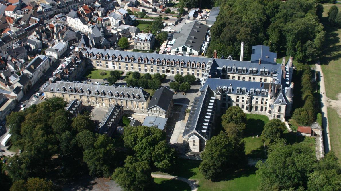 Comment le château de Villers-Cotterêts a changé depuis le XVIe ...