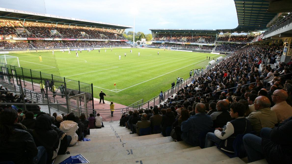 Finale barrage Ligue 2 : ESTAC - RC Lens en direct