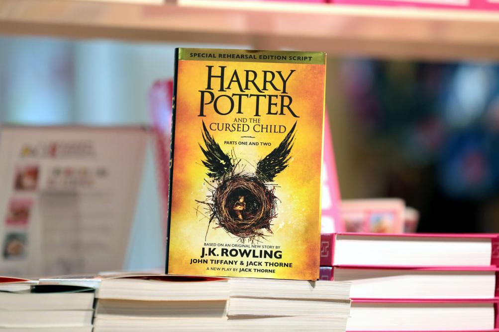 Harry Potter Jk Rowling Annonce La Publication De Quatre
