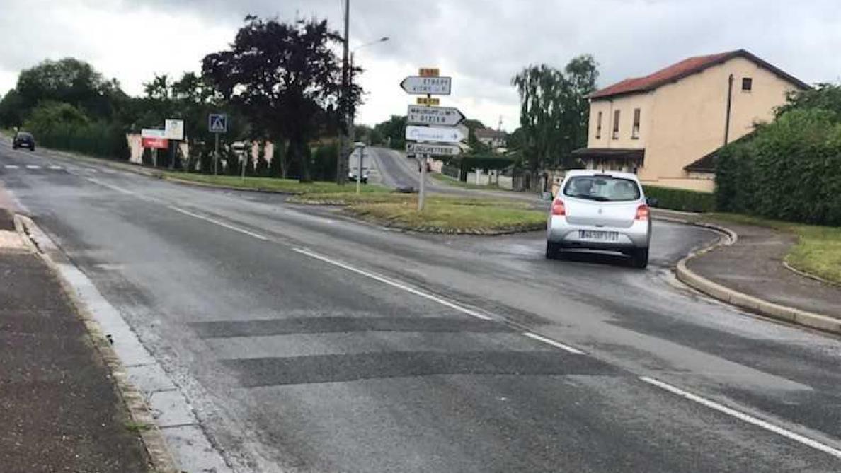 Bois De La Saulx dernière ligne droite pour le rond-point de l'avenue du bois
