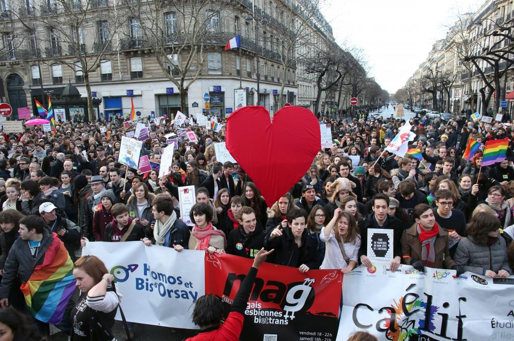 site de rencontre pour homme gay pride a Chalons en Champagne