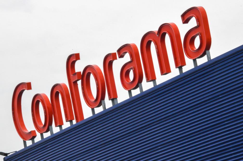 Conforama ferme 32 magasins en France et supprime 1900 emplois — Meuble