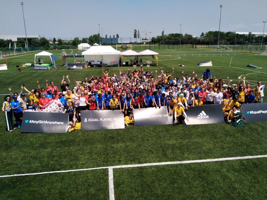 Les Pays-Bas rejoignent les USA en finale — CdM Fem