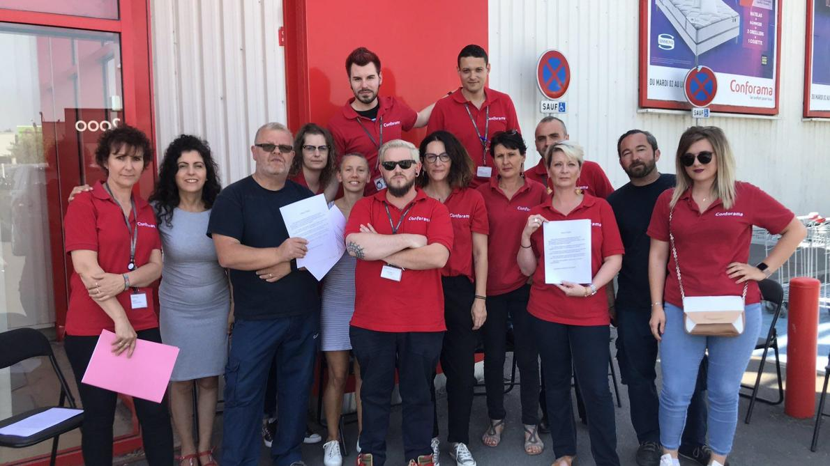 Les Salariés De Conforama De Saint Memmie En Grève
