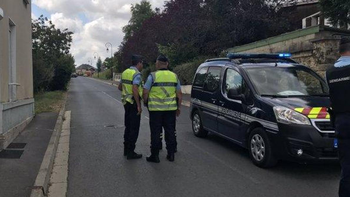 Quatre morts dans un accident entre une voiture et un train — France
