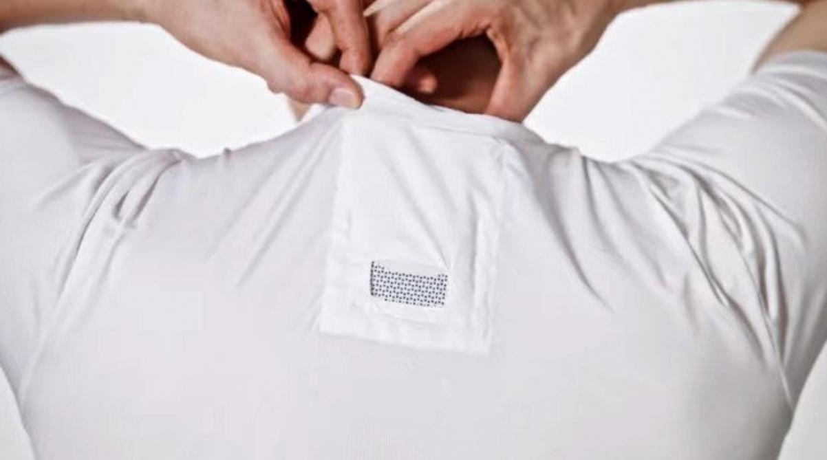 Sony crée un climatiseur corporel portable à glisser sous sa chemise