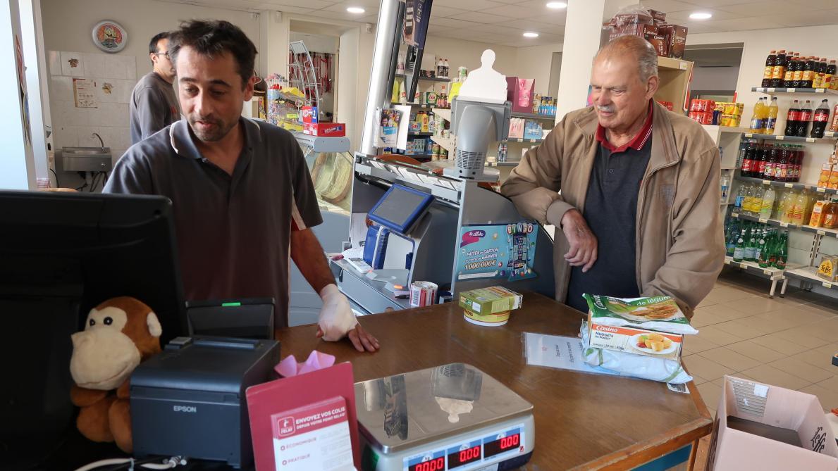 L Ouverture Le Dimanche De L Hypermarche Carrefour A Laon Inquiete