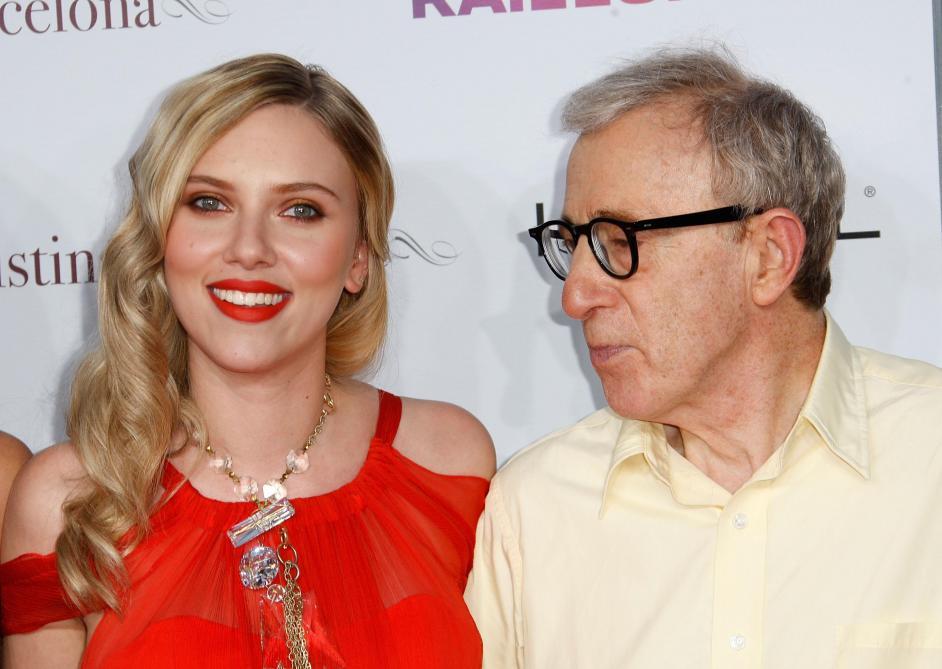 Scarlett Johansson croit en l'innocence de Woody Allen et prend sa défense
