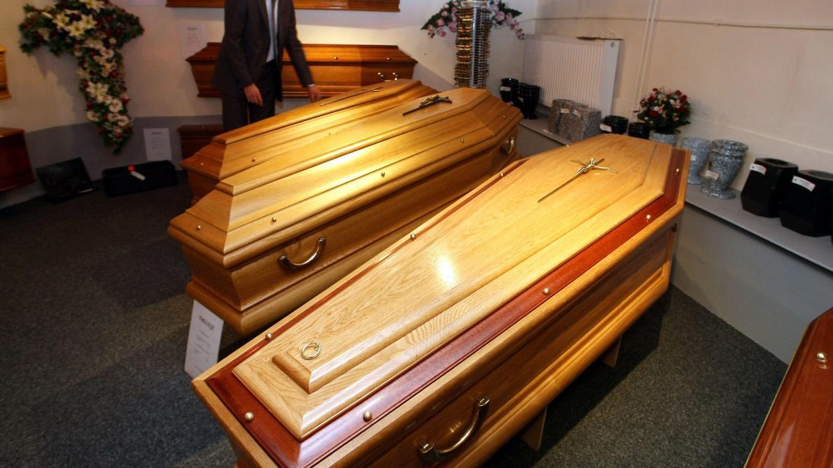 Un juteux business au détriment des Français — Assurance obsèques
