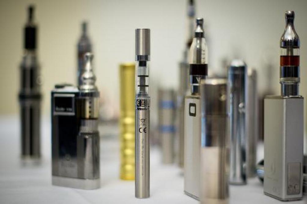 Vapotage: L'Inde interdit les cigarettes électroniques