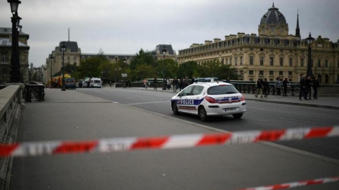 La tuerie de la préfecture de Paris traitée comme un acte terroriste