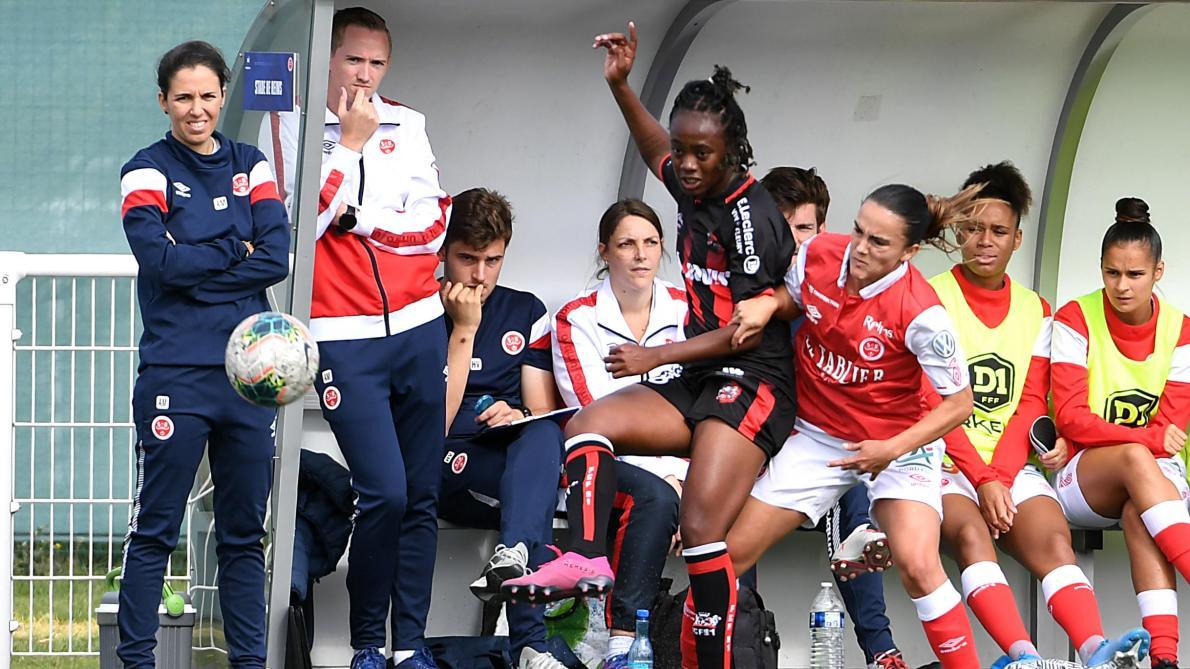 Football D1 Feminine Pour Amandine Miquel Le Stade De Reims