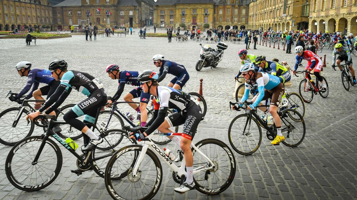 Calendrier Des Courses Cyclistes 2019.Cyclisme Le Calendrier Des Courses Uci Passant Dans La