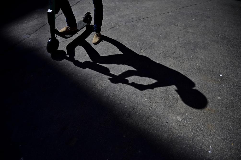 Un mort et un blessé dans un accident de trottinette électrique — Bordeaux