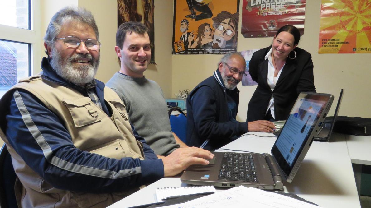 Cours d'informatique à Romilly-sur-Seine : «Maintenant, tout est fait avec un ordinateur» - L'Est Eclair