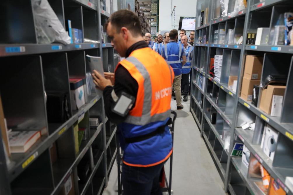 Amazon détruit plus d'emplois en France qu'il n'en crée, fustige Mounir Mahjoubi