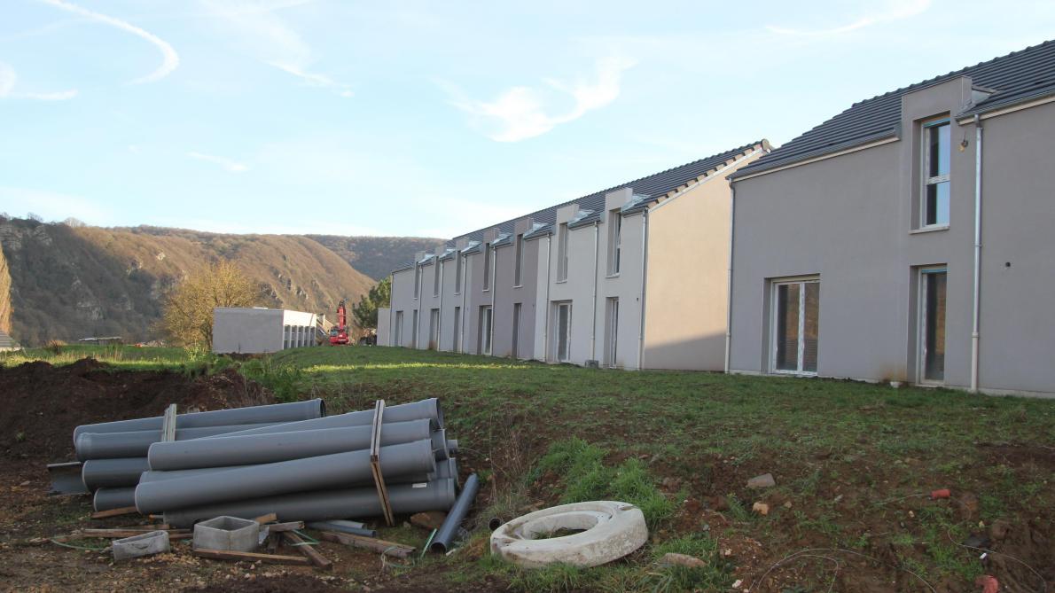 Des travailleurs clandestins ont œuvré dans certains logements de la caserne Beltrame.
