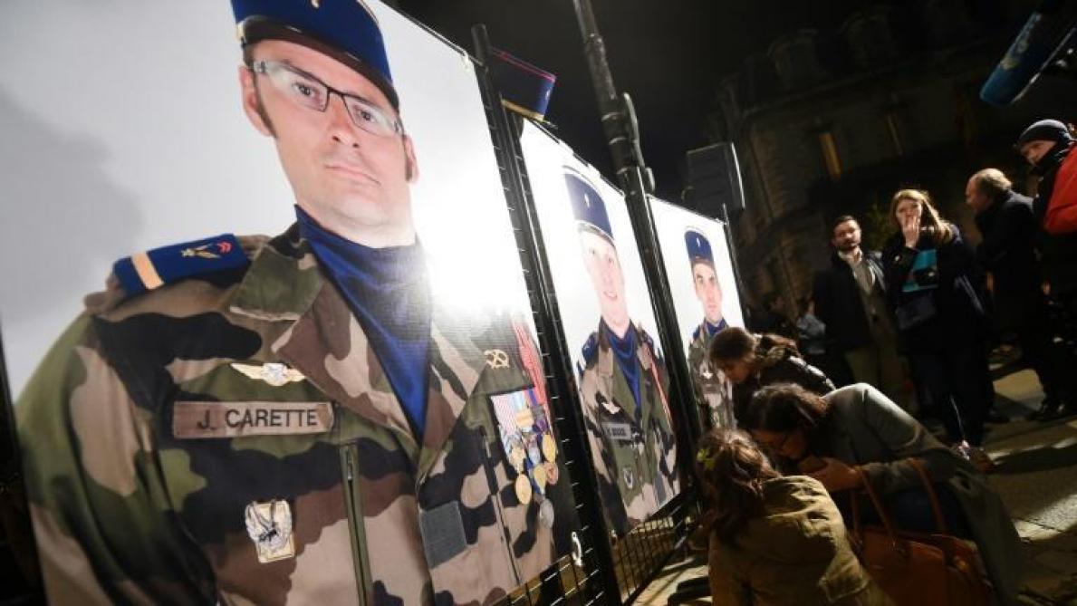 Militaires morts au Mali : des caricatures de Charlie Hebdo provoquent