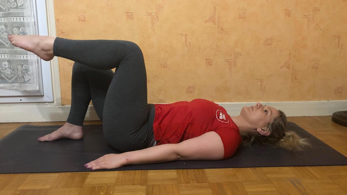 Gymnastique A Faire Chez Soi videos. quelques minutes d'exercices physiques à faire chez