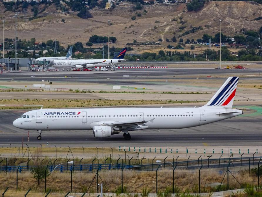 Billets annulés, remboursements et avoirs: 20 compagnies aériennes assignées en justice