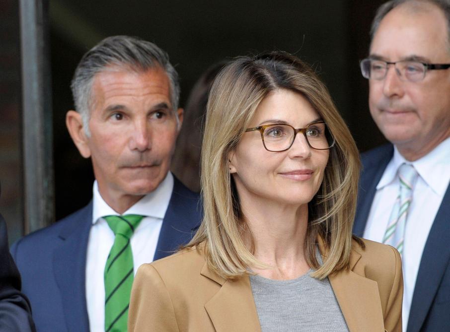 Scandale universités: l'actrice Lori Loughlin va plaider coupable