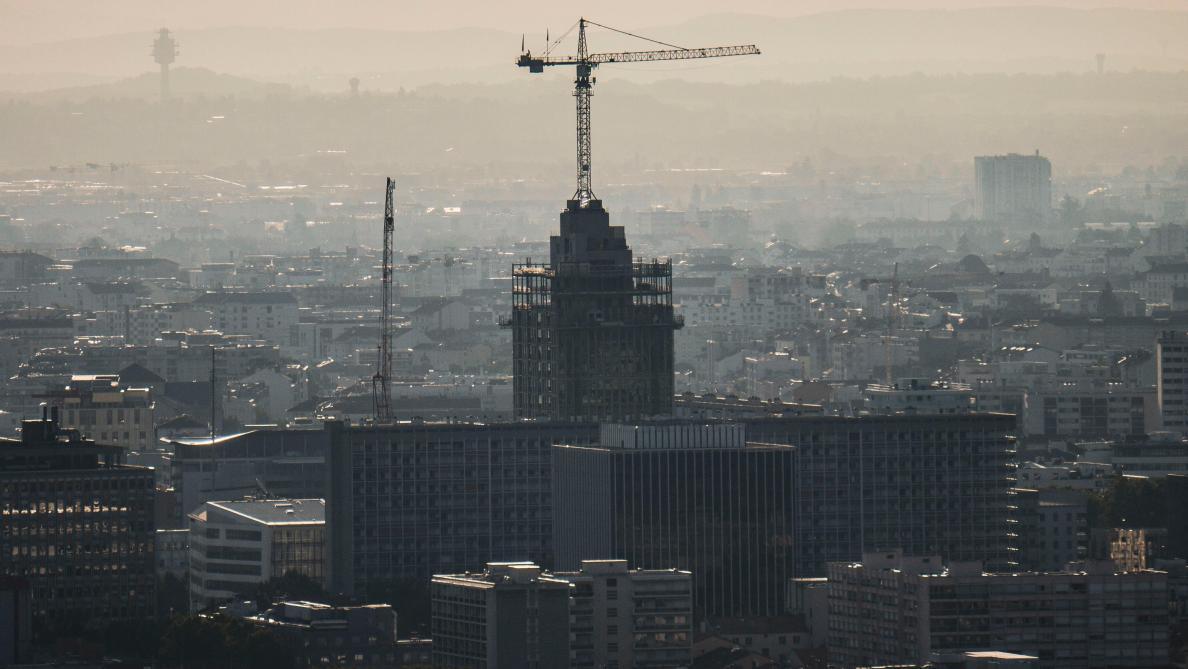 Astreinte record de 10 millions d'euros par semestre de retard pour forcer l'État à réduire la pollution de l'air