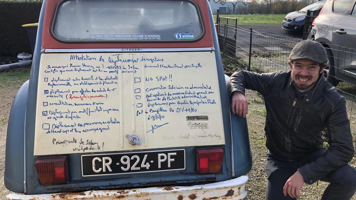 La dernière sortie de Maxime Henry remonte au 20 novembre. Ce jour-là, il est allé s'approvisionner en beaujolais nouveau.