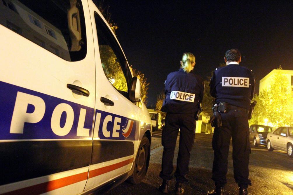 Couvre-feu : 100 000 policiers et gendarmes seront mobilisés le soir du 31 décembre