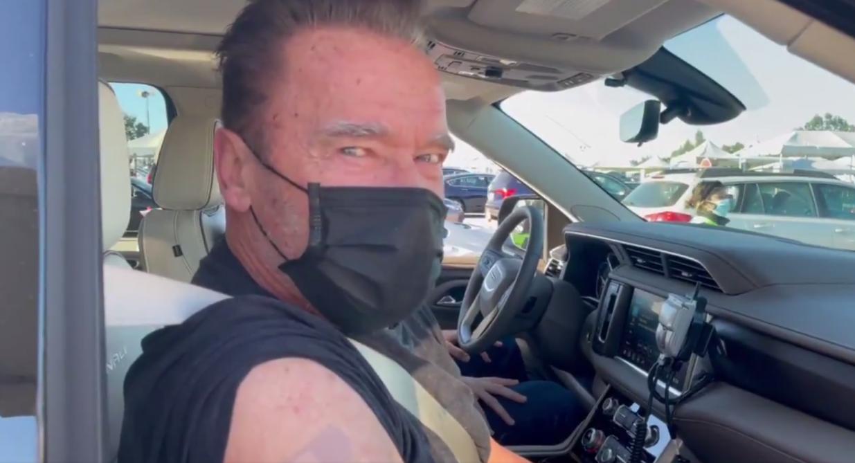 Pour inciter à la vaccination, Arnold Schwarzenegger se la joue Terminator